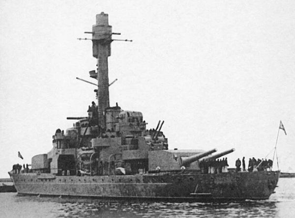 «Вяйнямейнен»: почему советские лётчики не смогли уничтожить финский броненосец «Вяйнямейнен», броненосцы, войны, флота, финских, когда, броненосца, бомбардировщики, кораблей, финские, «Иллмаринен», бомбы, «Вяйнямейнена», советские, начале, операции, корабль, финнам, почти, вооружение