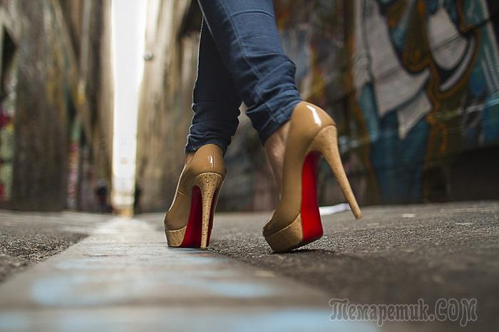 На высоте: 9 полезных лайфхаков, которые облегчат жизнь любительницам туфель на каблуках