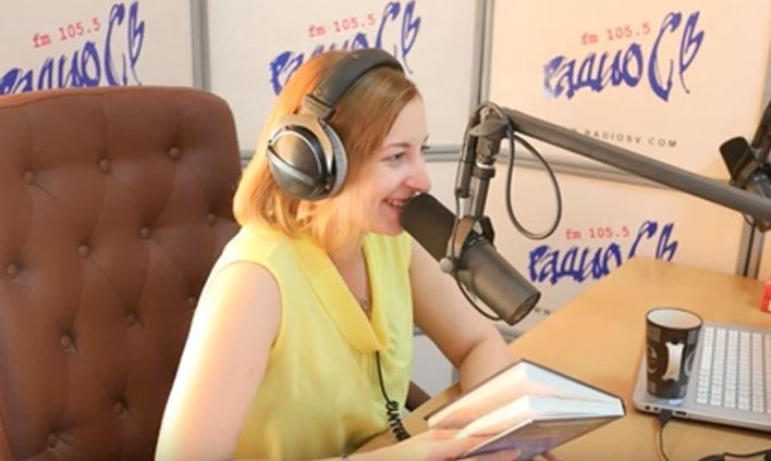 """Либералов """"плющит"""": радиоведущая назвала 74 % россиян """"приматами"""" и лишилась работы"""