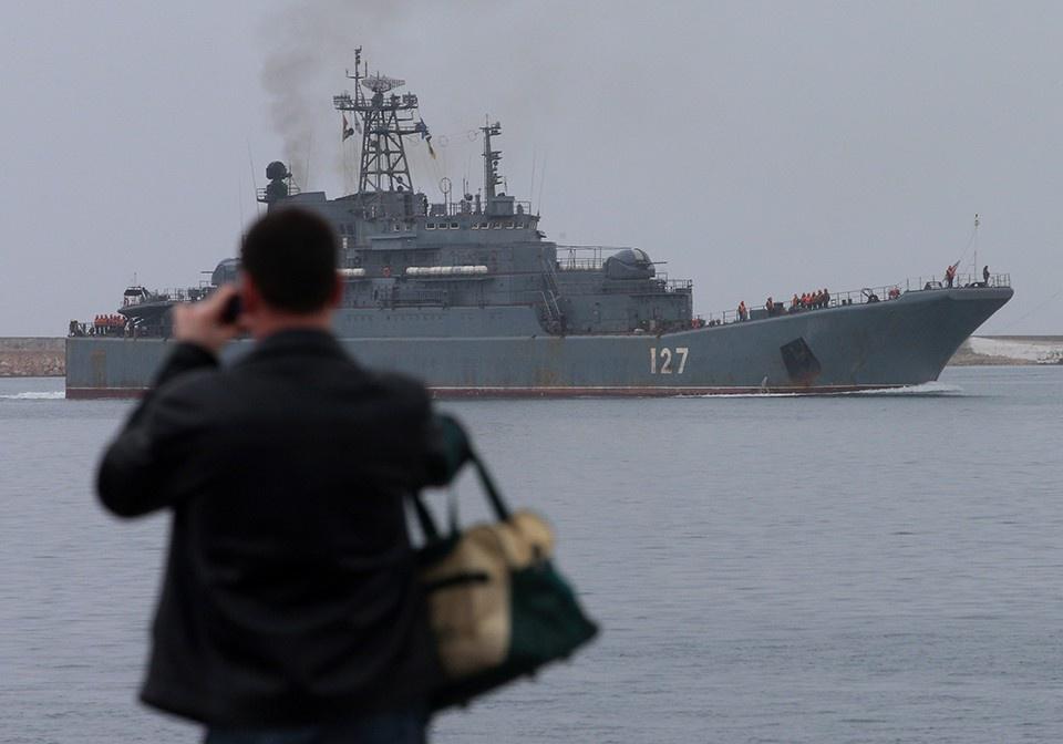 Россия отправила в Сирию бол…