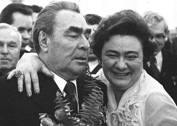 Чем зарабатывала себе на жизнь дочь Леонида Ильича факты