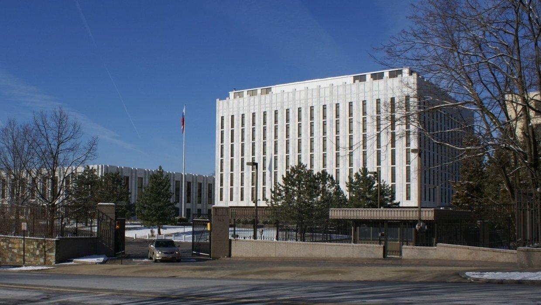 Посольство России отказало В…