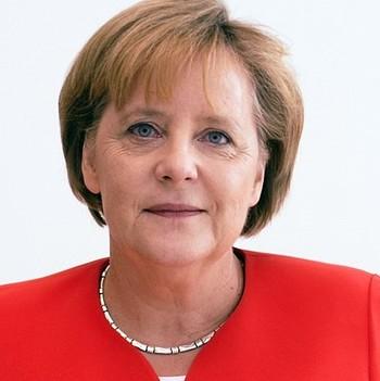 Меркель поздравила Путина с переизбранием телеграммой