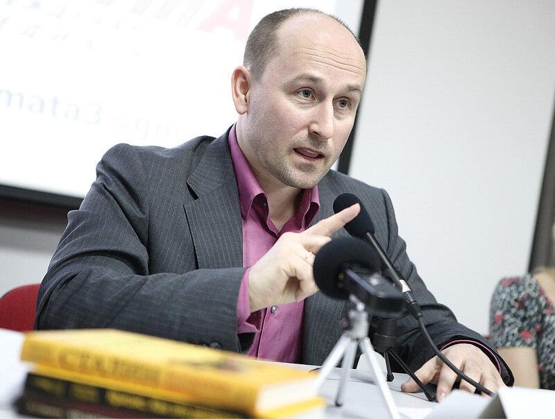 Потакание либералам в деле Голунова может закончиться плачевно для страны, считает Стариков