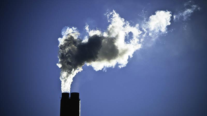 Ученые: деятельность человека отразилась на временах года и климате