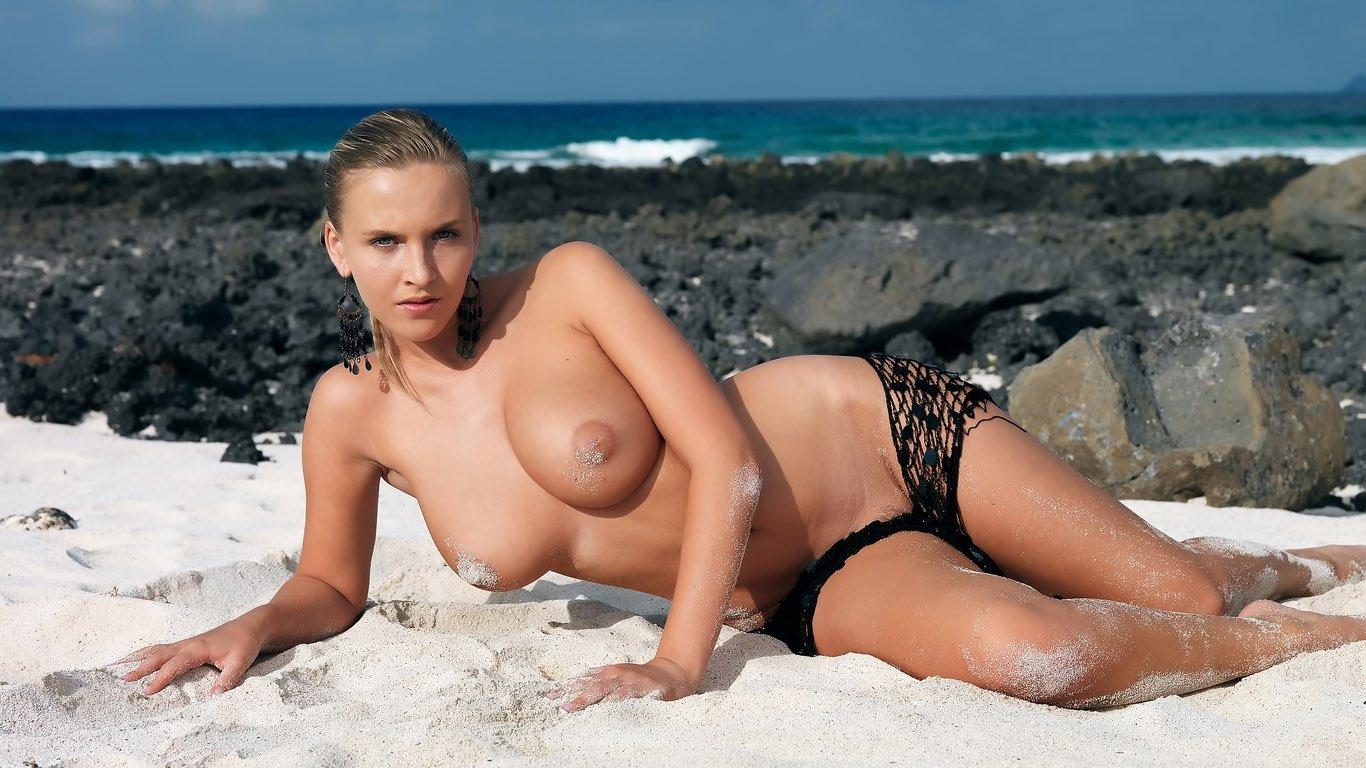 Bikini topless videos, wwe girlsnaked
