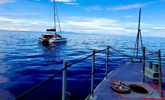 Мужчина вышел на лодке в море, порты закрылись и он 3 месяца жил в океане Культура