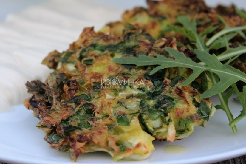 Капустные оладьи со шпинатом