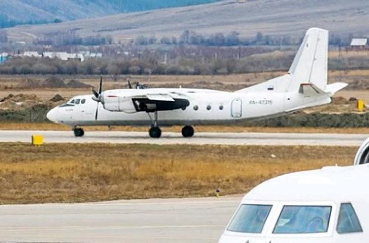 Пассажирский самолет Ан-24 обстреляли в Хабаровском крае