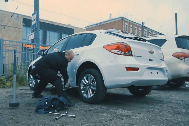 5 способов снять колеса: как защитить свой автомобиль
