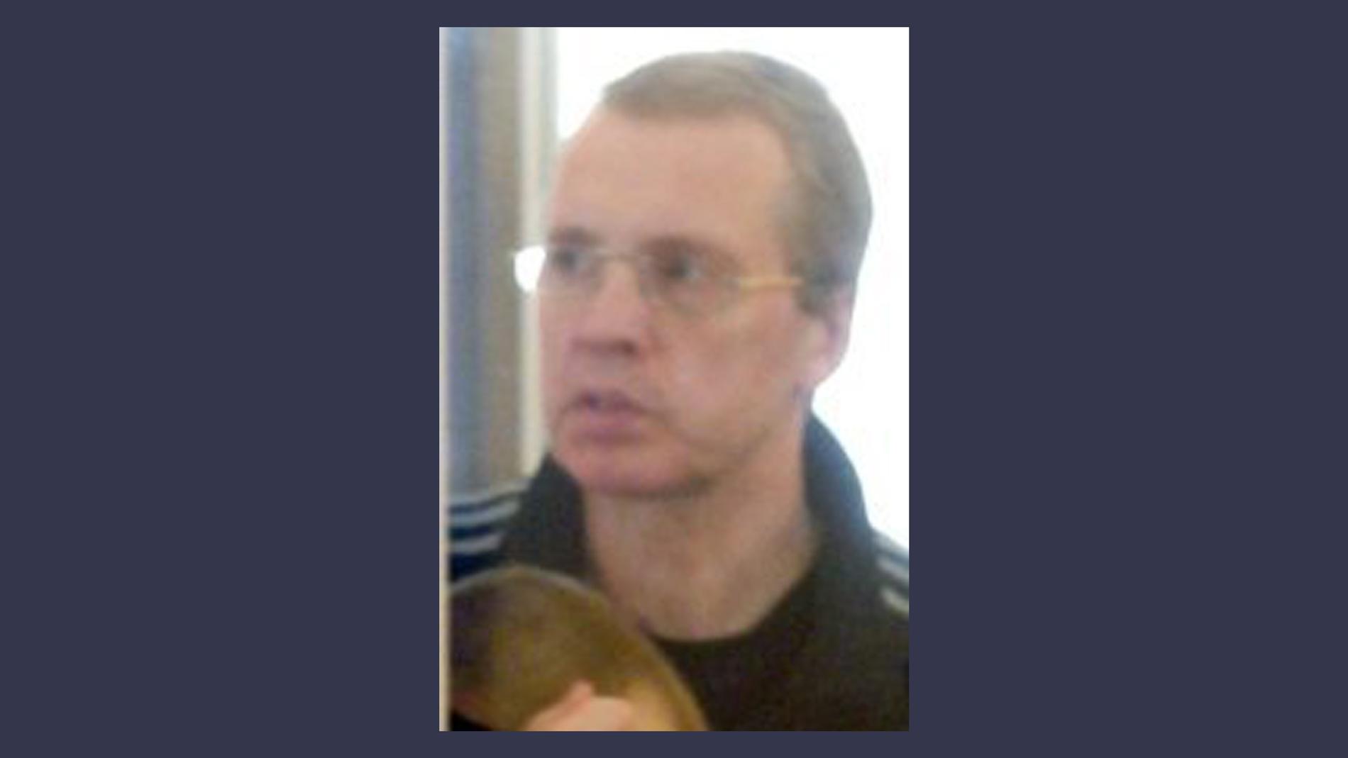 вот фото с суда олега спиридонова города омска отметила, что семья