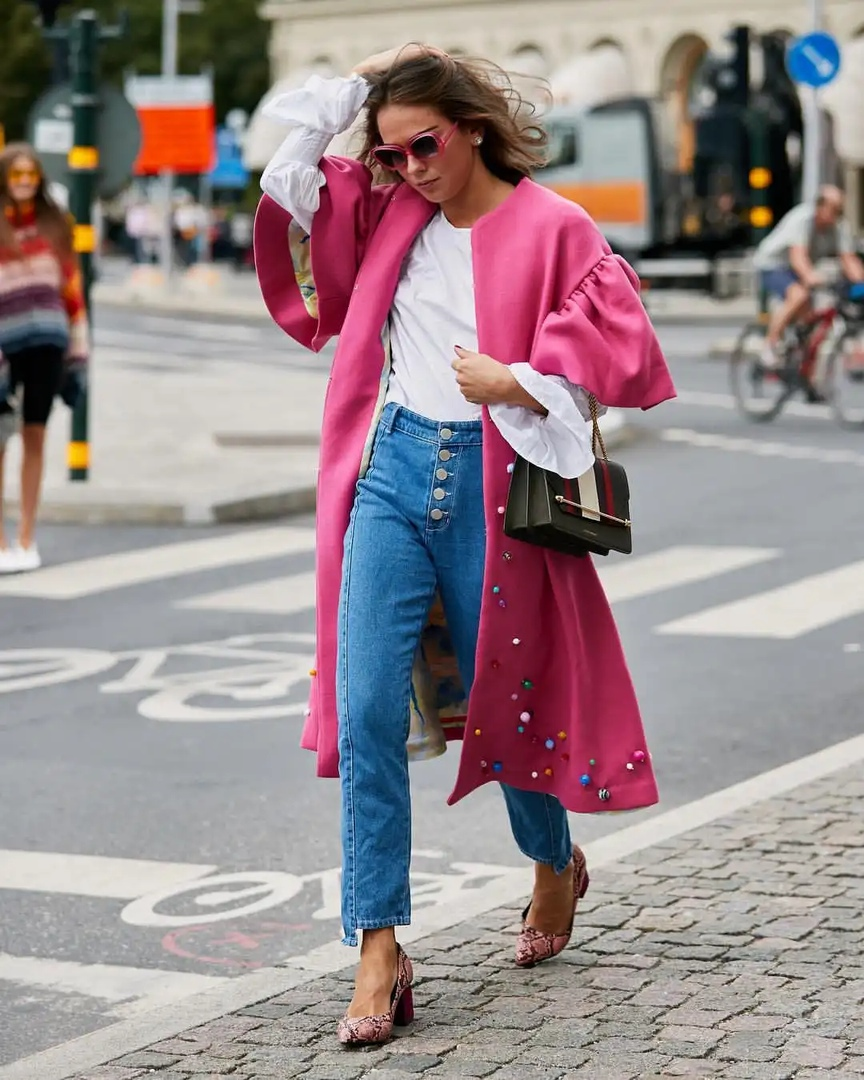 Классические элементы стиля Шанель в уличной моде