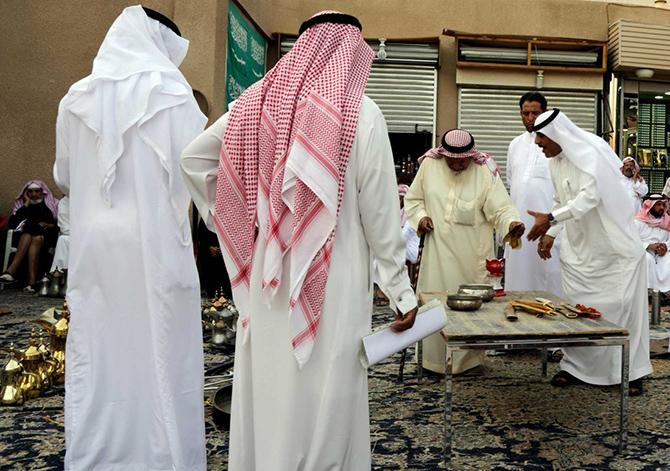Как идет торговля на блошином рынке в Саудовской Аравии