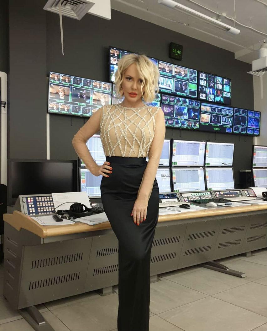 Маша Малиновская не стала надевать юбку перед зеркалом и вызвала слухи Культура