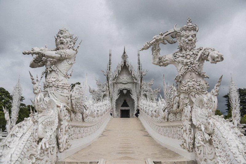 Затем вас встречают небесные стражи архитектура, буддизм, достопримечательность, путешествие, таиланд, фотомир, храм