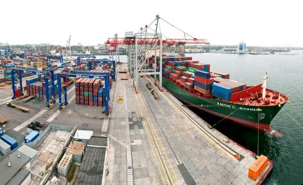 Украина продает 13 портов «честным собственникам»