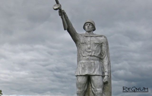 Ройзману ответили за Сталина — «людоеда» : А сколько «угроблено» во время правления Бориса Ельцина?