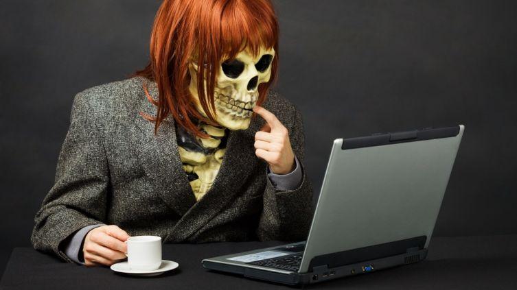 Как правильно реагировать на троллинг в Интернете?   Shkolazhizni.ru