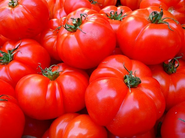 Почему покупные помидоры невкусные