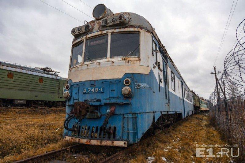 Фоторепортаж с секретной базы на Урале, где хранятся старинные поезда история, поезда, раритет, ржд