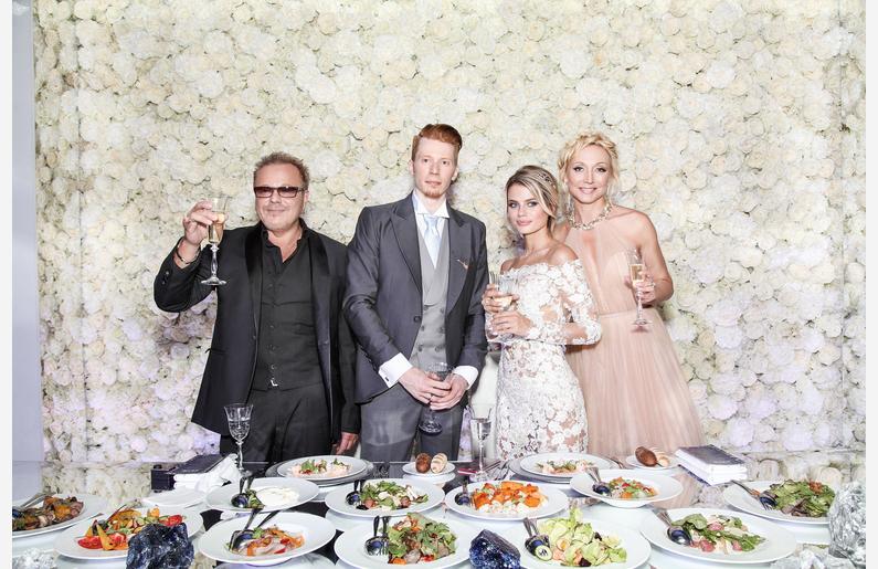 фото гостей на свадьбе никиты преснякова чарующий образ для