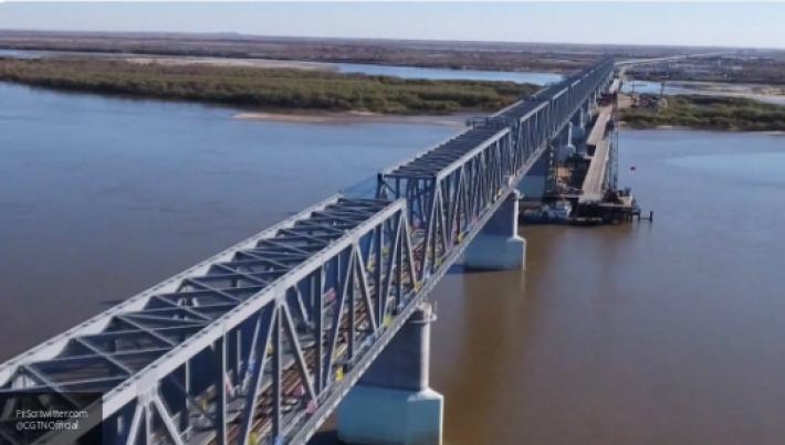 От России до Китая: подробности строительства моста через Амур