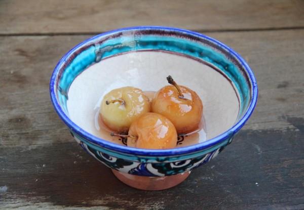 Варенье из целых мелких яблок