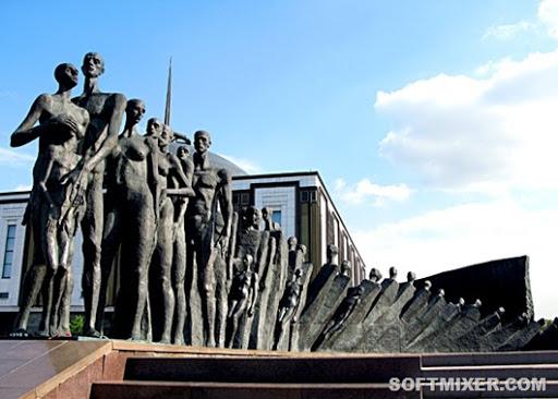 Как некоторые памятники воспринимаются народом культура,Москва,памятники,приколы