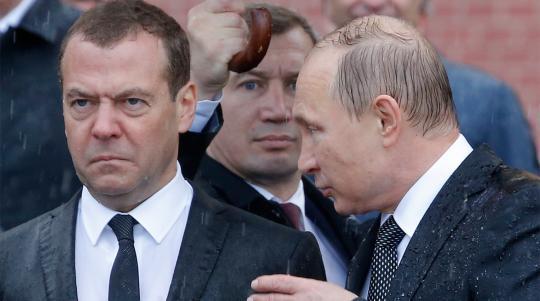 Медведев переживает кризис - личностный и карьерный