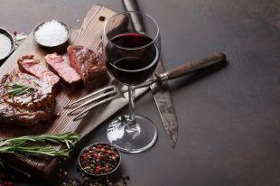 Мясо-вино и капучино-круассан. Когда привычные сочетания продуктов вредны