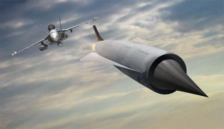 Технологические успехи России и Китая пугают НАТО