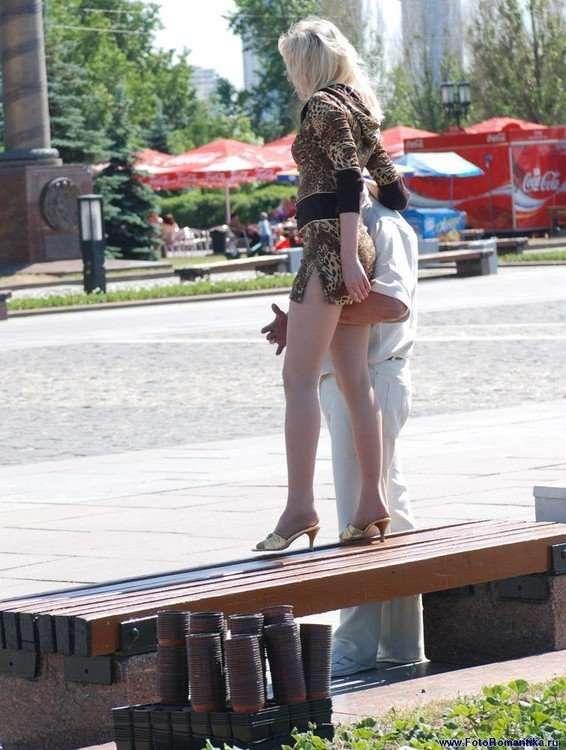 Засветы на улицах москвы чулков и стринг фотки проучвания