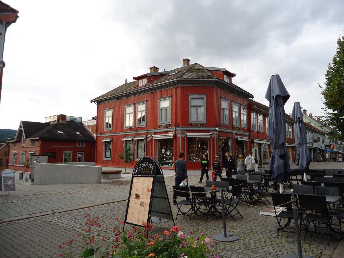Как живется людям в норвежской провинции? Посмотрим на дома жителей Лиллехаммера