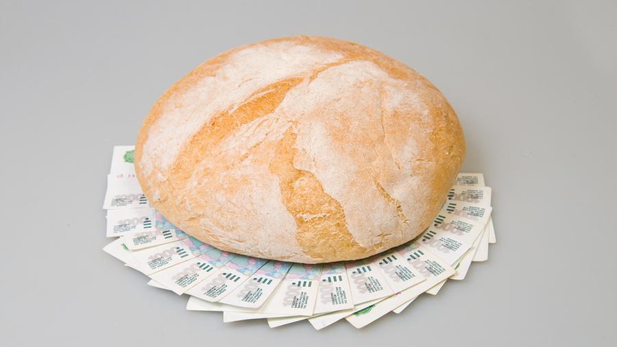 Какие платежи больше не пройдут? Чем занимается финансовый омбудсмен? И почему дорожает хлеб?