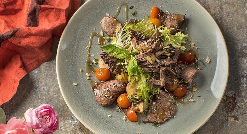Рецепт тёплого салата с говядиной
