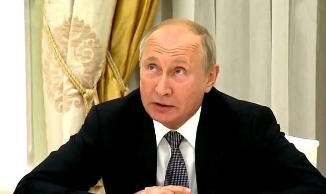 «Ваш орлан уже все оливки склевал?»: Путин подколол Болтона с гербом США