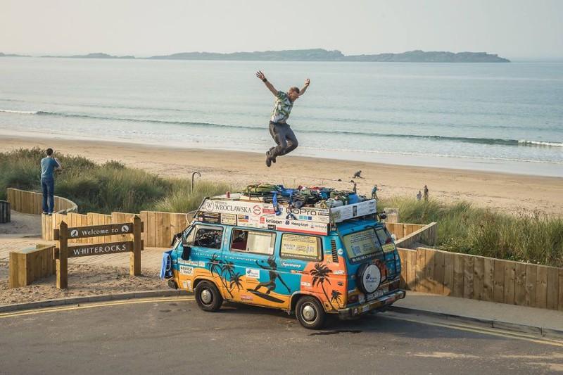 Блогеры из Польши объехали 50+ стран на старом фургоне, тратя лишь  долларов в день автотуризм,мир,поездка,путешествие