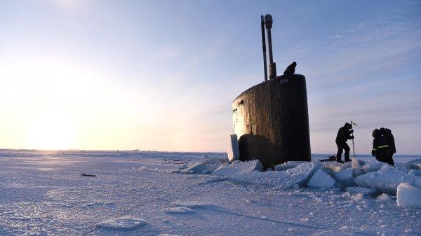 Арктическое всплытие: Подлод…