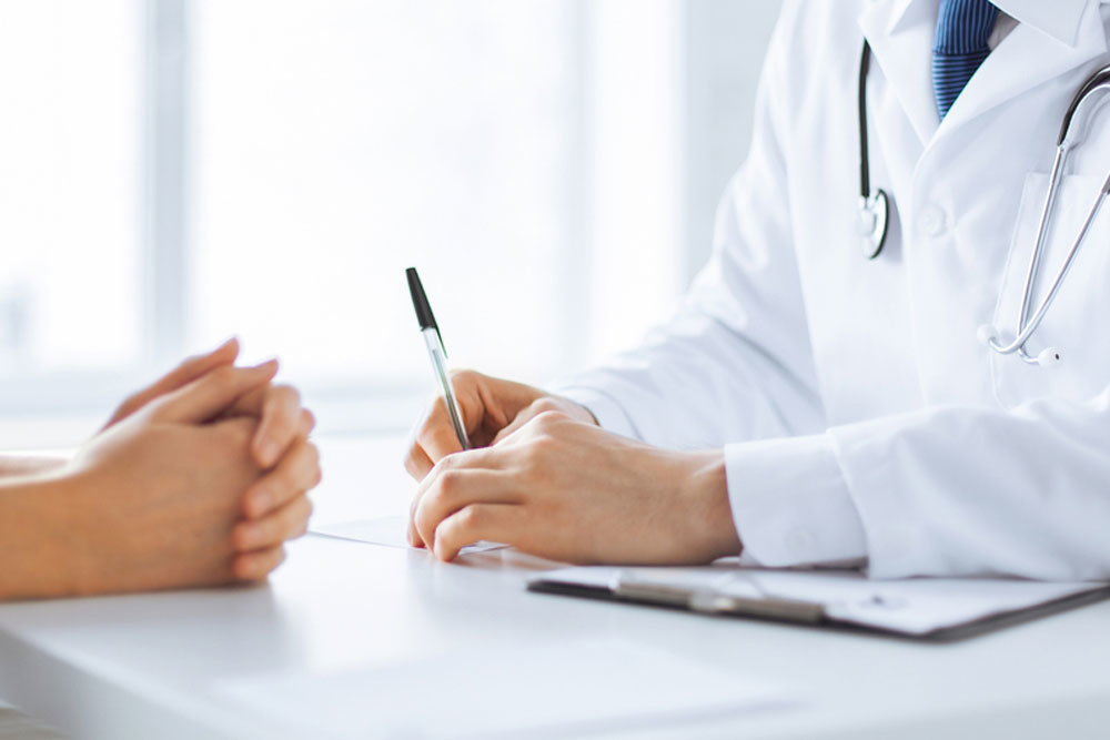 Более половины конфликтов между пациентами и медиками решаются до суда