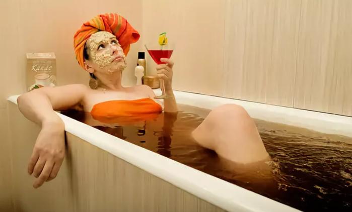 Картинки, баба в ванной смешная картинка
