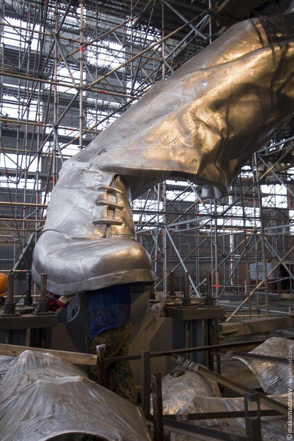 И они вернулись на своё законное место только в 2009 году Рабочий и колхозница, внутри, интересно, монумент, статуя
