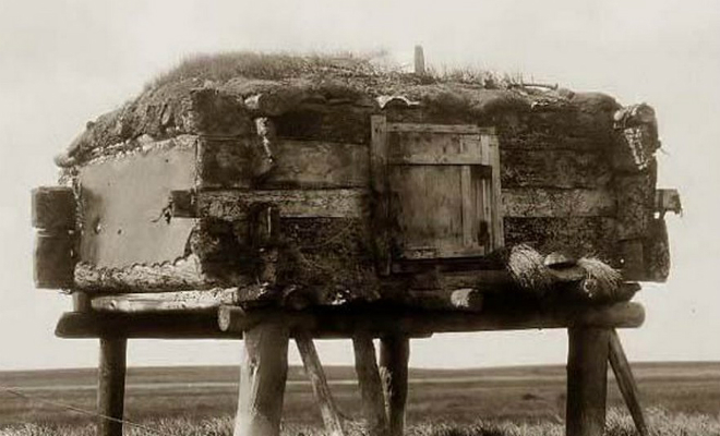 Путники всегда останавливались в деревне эскимосов на берегу, но в один из дней деревня оказалась пустой Культура