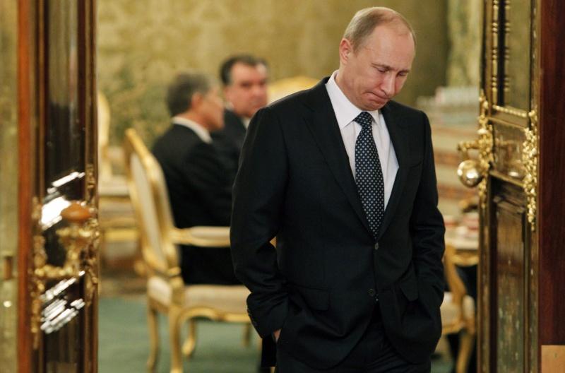 Путин хочет быть с Западом на равных, а не изгоем: политолог