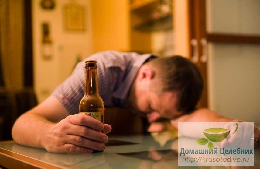 Алкоголизм: лечение народными средствами. Как убрать похмельный синдром