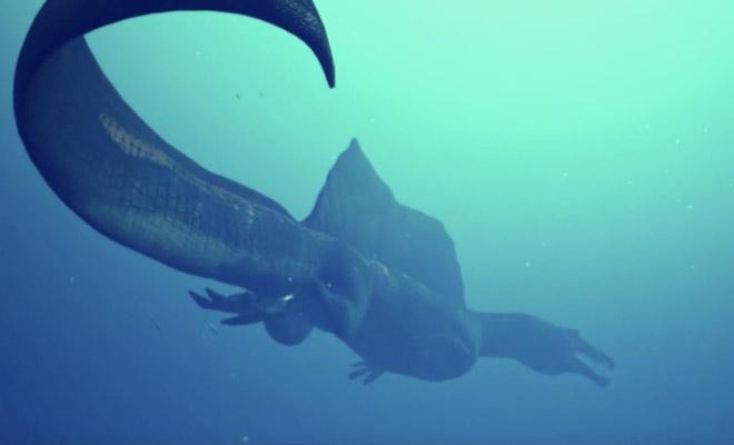 Ученые показали сородича тиранозавра, который охотиться и на земле, и под водой