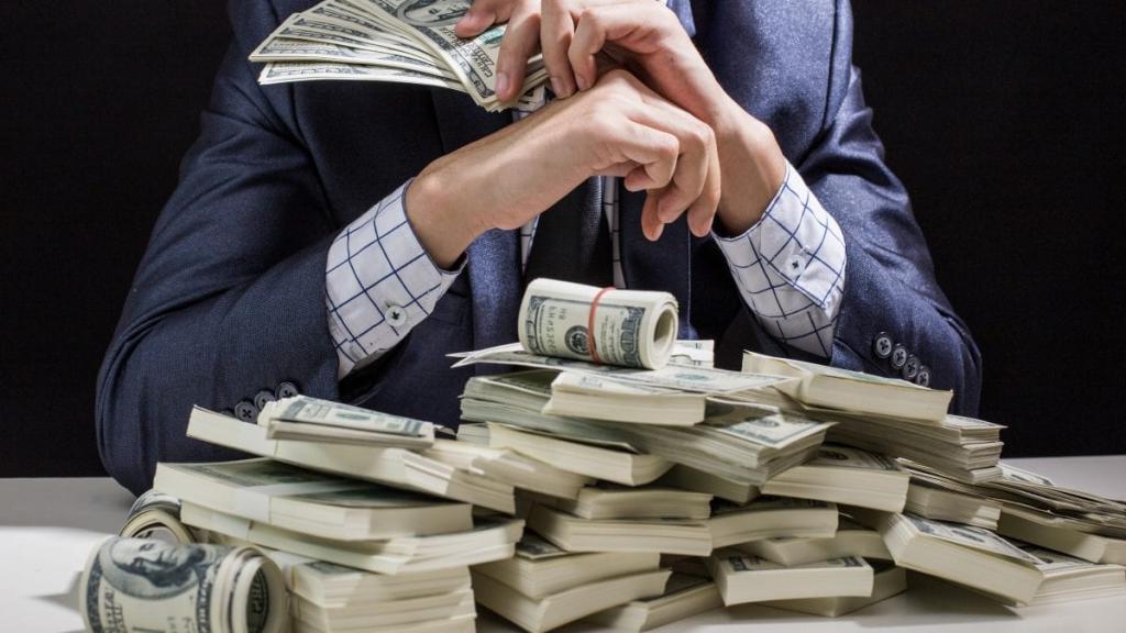 Как назовешь - такая и судьба: мужские имена, обладатели которых будут всегда при деньгах