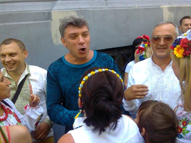 Борис Немцов скакал, доказыв…