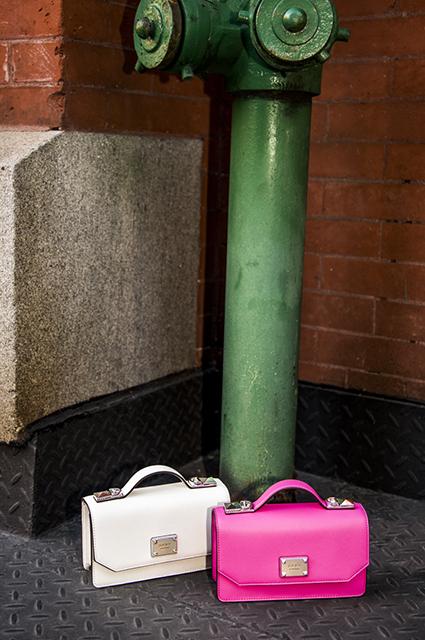 Эстетика нулевых и деним: смотрим новые весенние лукбуки модели, коллекция, новой, классическими, России, февраля, боди4WeekdayС, трикотажными, талию, подчеркивающими, жакетами, платьями, продажу, романтичными, разбавлен, оверсайз, расслабленный, поэтому, нарядиться, захочется
