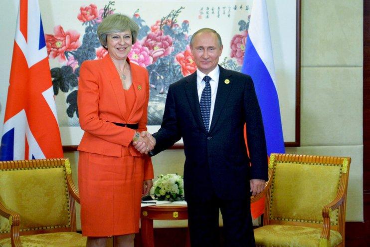 Непрекращающийся мay-day: Путин поговорил с Мэй и ушел проводить важные встречи