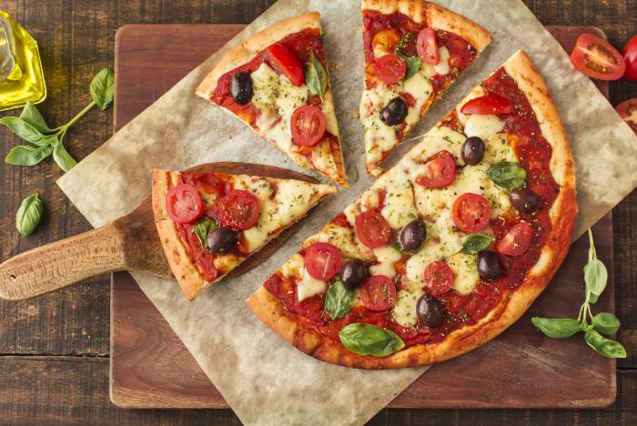 Блюдо хорошо подходит, как для одного человека, так и для компании. /Фото: pizzeria.stormeoo.fr